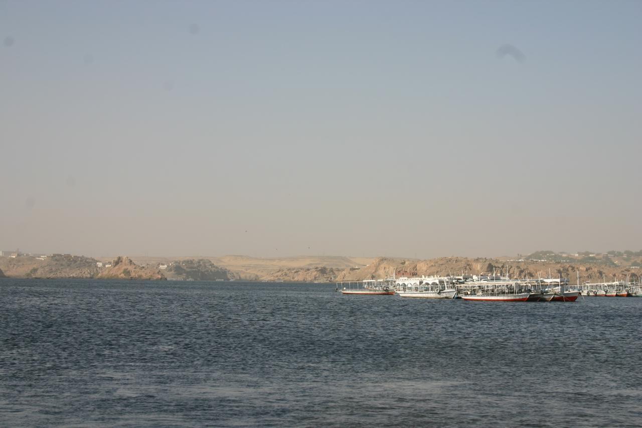les barques pour aller au temple de philae