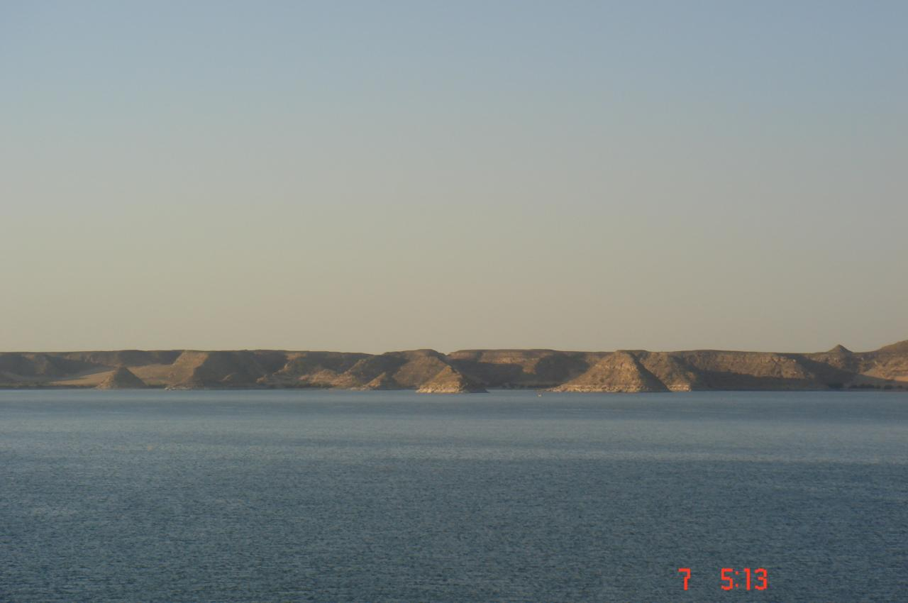 le Nil et le désert ...!!