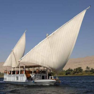 Le Nil, roi d'Egypte