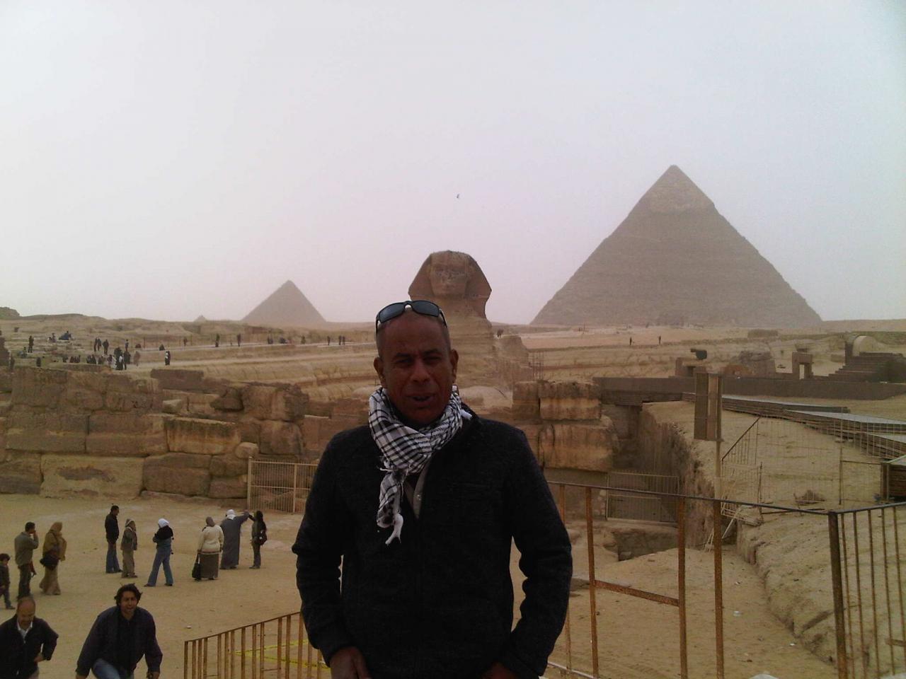Hussein - Vue sur les pyramides des Gizeh