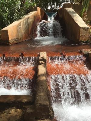 Kharga source eau chaude