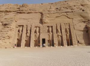 le-temple-d-abou-simbel-5.jpg