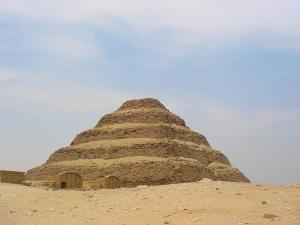 pyramide-de-saqqara.jpg